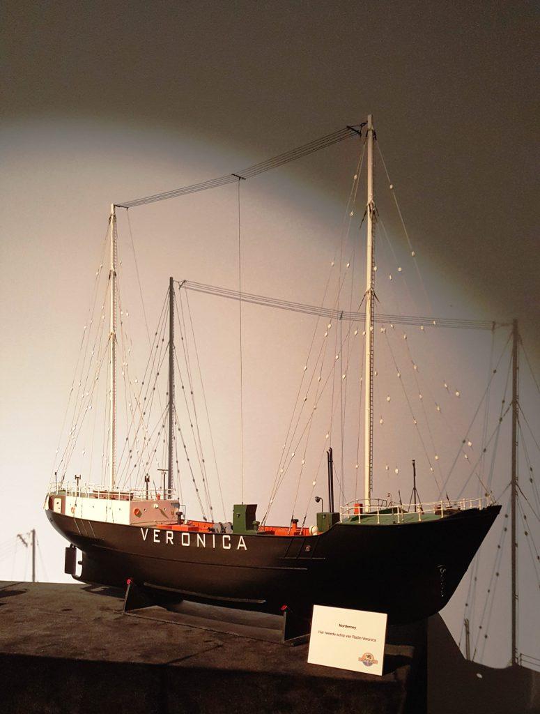 Model van het schip Norderney waarop Radio Veronica uitzond vanaf de Noordzee